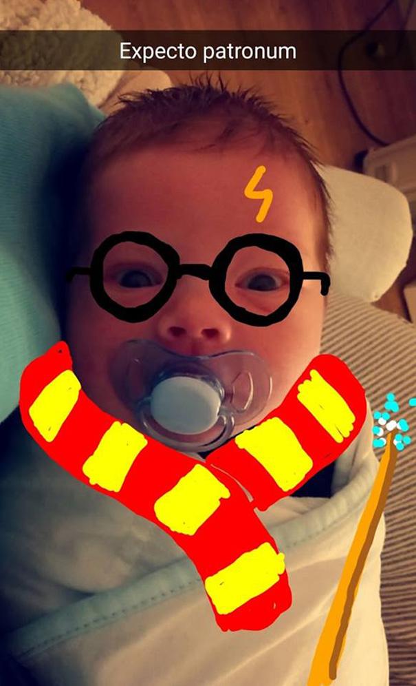 papa-edita-fotografias-de-su-hijo-en-snapchat