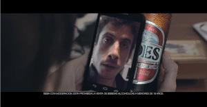Cerveza Andes permite enviar mensajes personalizados a través de sus botellas