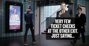 Netflix lanza una campaña con Saul Goodman para aconsejar legalmente al público en París