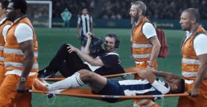 Un canal deportivo nos muestra cómo sus camarógrafos sudan la camiseta en cada encuentro
