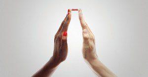 Coca-Cola junta cientos de manos por una misma acción