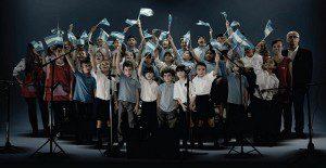 El himno nacional argentino saca cara por la educación de niños con problemas de audición