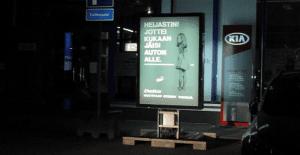 Un anuncio que cambia de mensaje para salvar vidas