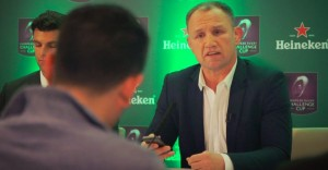 Heineken pone en aprietos al público con una original confrontación