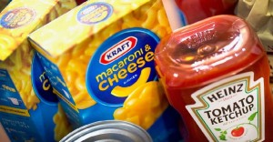 Kraft y Heinz se fusionan para crear uno de los mayores grupos de alimentación del mundo