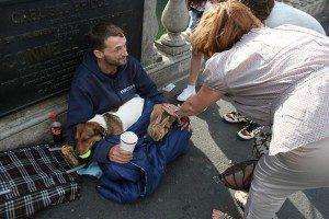 indigentes-perros-lealtad-3
