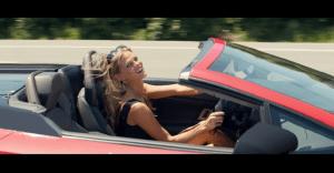 Infiniti recrea una clásica escena de una gran película para promocionar su nueva SUV