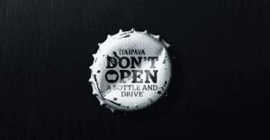 Destapadores para cerveza que llevan un importante mensaje para los consumidores