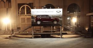 Un billboard que muestra de forma real la efectividad de lo nuevo de Land Rover