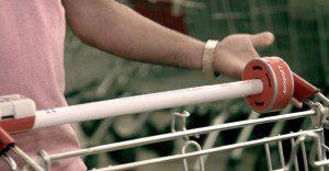 Lifebuoy nos presenta una simple y original manera de mantener la higiene en el supermercado