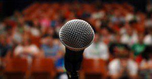 3 efectivos consejos para superar tu miedo a hablar en público