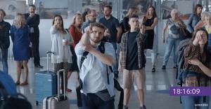 "Samsung nos enseña de una divertida manera que ""esperar apesta"""