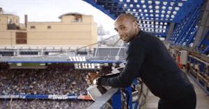 Thierry Henry viaja en el tiempo en el último spot del canal Sky Sports
