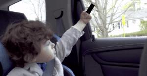 Smart nos demuestra en un nuevo spot que los niños lo repiten todo