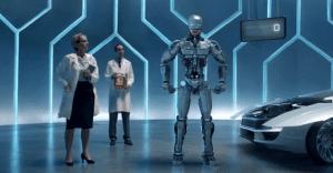 """""""Robocop"""" nos enseña la gran efectividad de la marca de aceites para vehículos Total Quartz"""