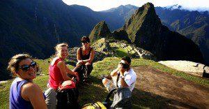 Conoce el perfil del turista que llega al Perú y las cantidades de su gasto