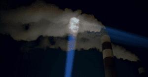 Impactante campaña que proyecta sobre el humo de las empresas el mal que vienen haciendo