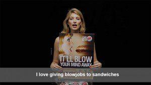 Un poderoso video nos muestra cómo la publicidad se aprovecha de la mujer