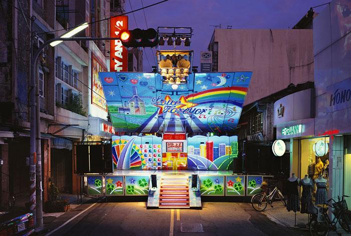 camiones-taiwaneses-son-transformados-coloridos-6