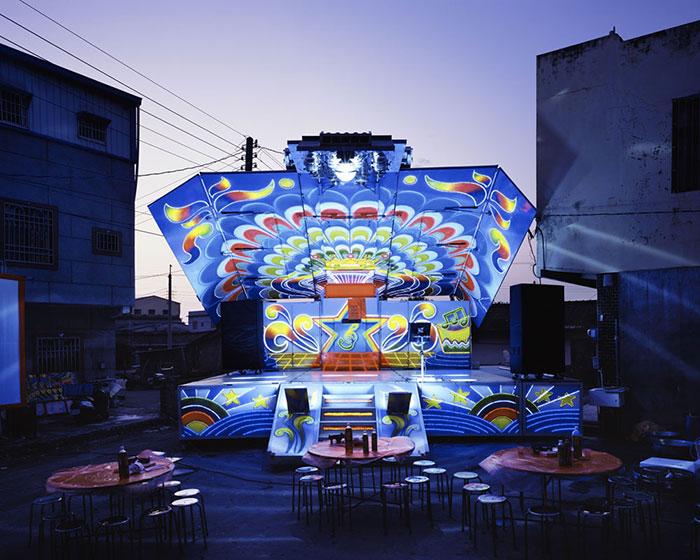 camiones-taiwaneses-son-transformados-coloridos-9