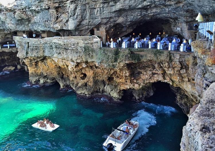 restaurant-grotta-palazzes-09