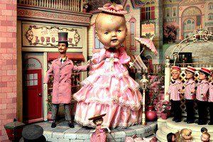 Este es el diorama más bizarro que verás en tu vida
