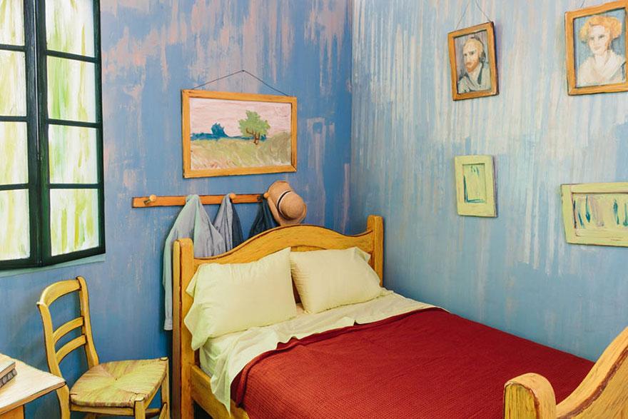 el-dormitorio-de-van-gogh-3