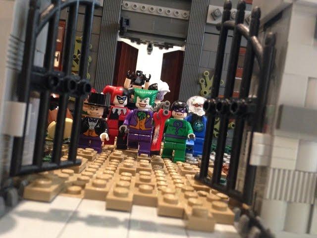 ¿Qué puedes hacer si te sobran 18,000 piezas de LEGO? El Arkham Asylum de Batman