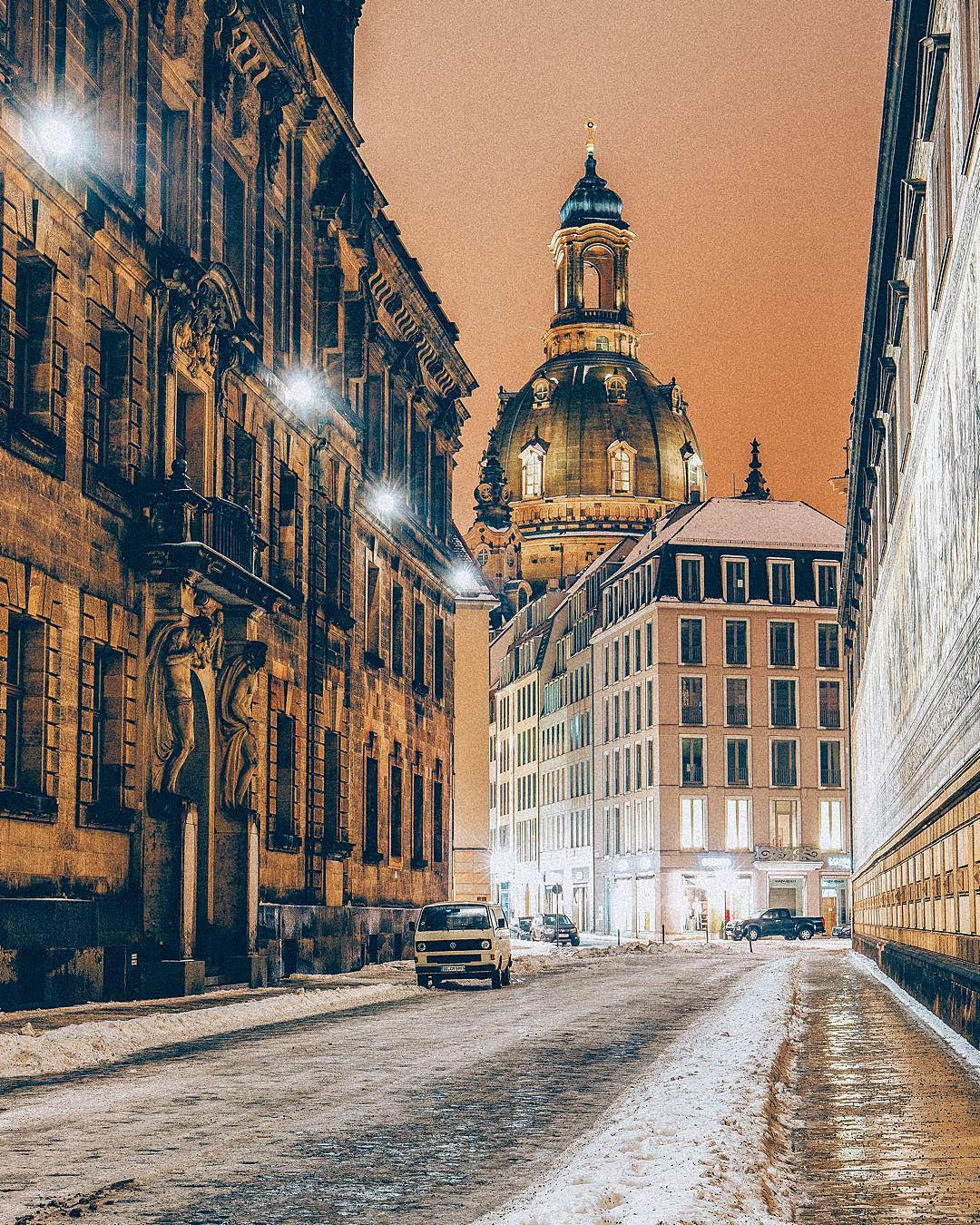 viaje alrededor del mundo con fotografías de paisajes surreales Jacob Riglin 011