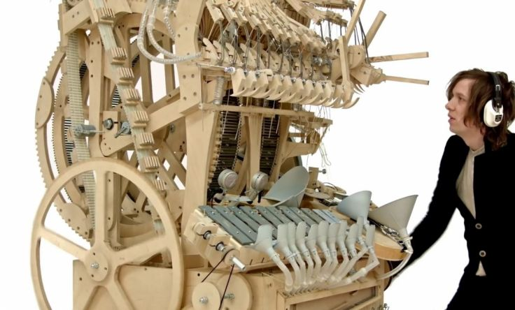 Este Instrumento Utiliza 2 000 Canicas Para Crear M 250 Sica