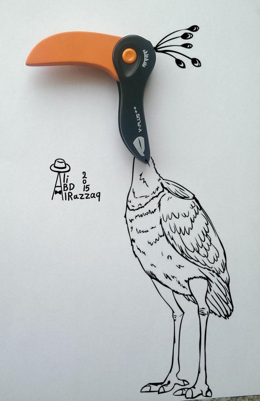 Este sujeto crea divertidas ilustraciones con objetos del día a día ave