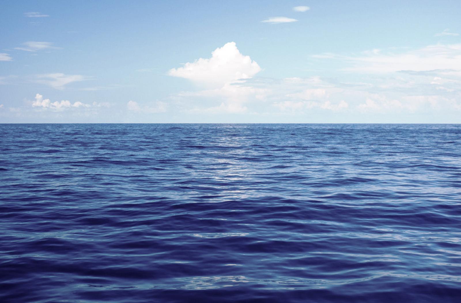 5 razones para visitar el mar color