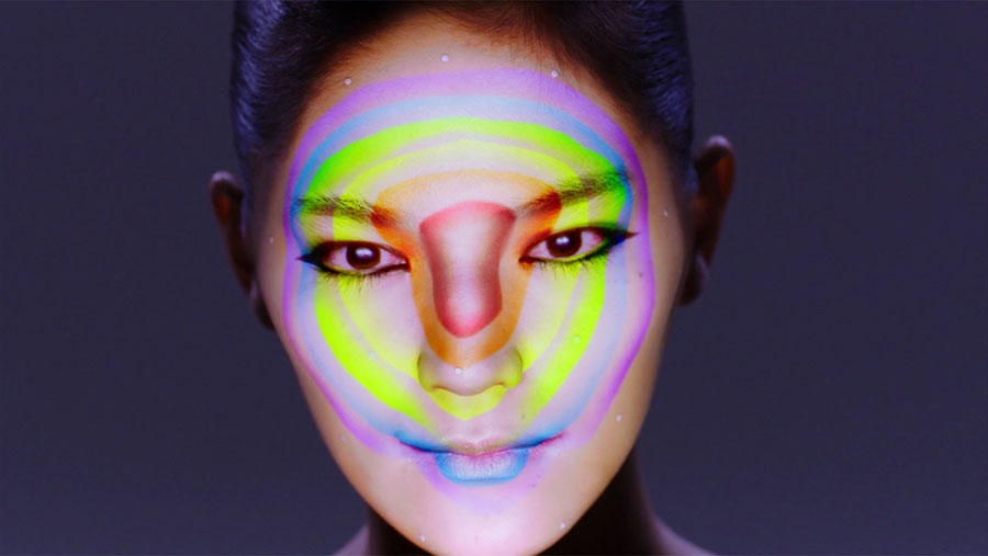 Tecnología de proyección facial para crear pieles digitales 02