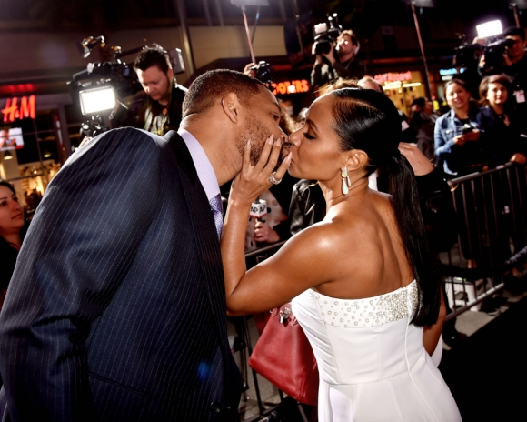 10 Momentos en los que deseaste un esposo como Will Smith beso