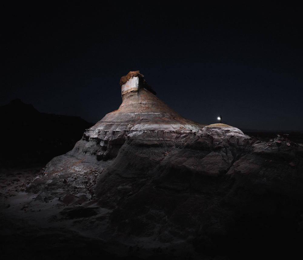 Drones fotografían e iluminan hermosos paisajes de noche 7