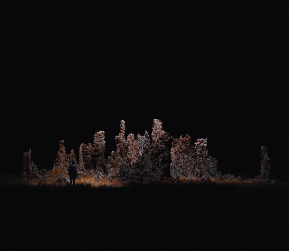 Drones fotografían e iluminan hermosos paisajes de noche5