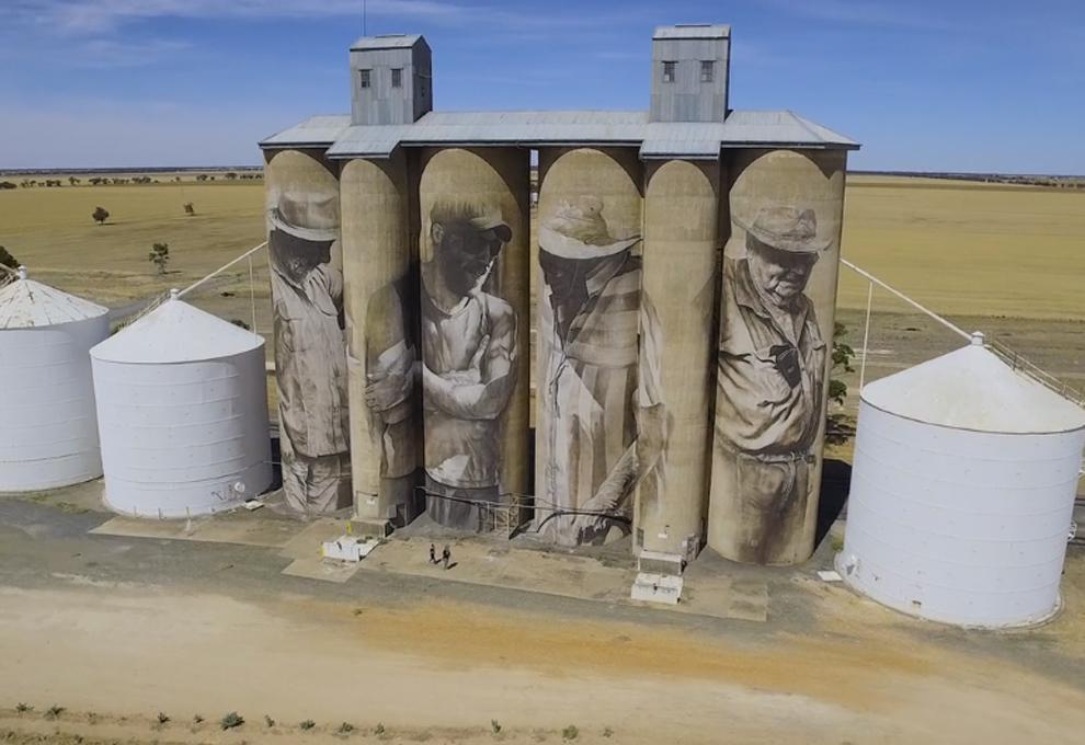 Mural le devuelve la vida a pueblo abandonado de Australia
