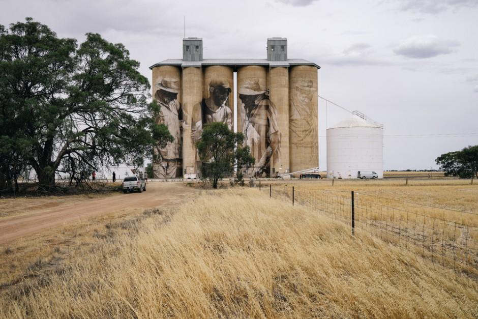 Mural le devuelve la vida a pueblo abandonado de Australia1