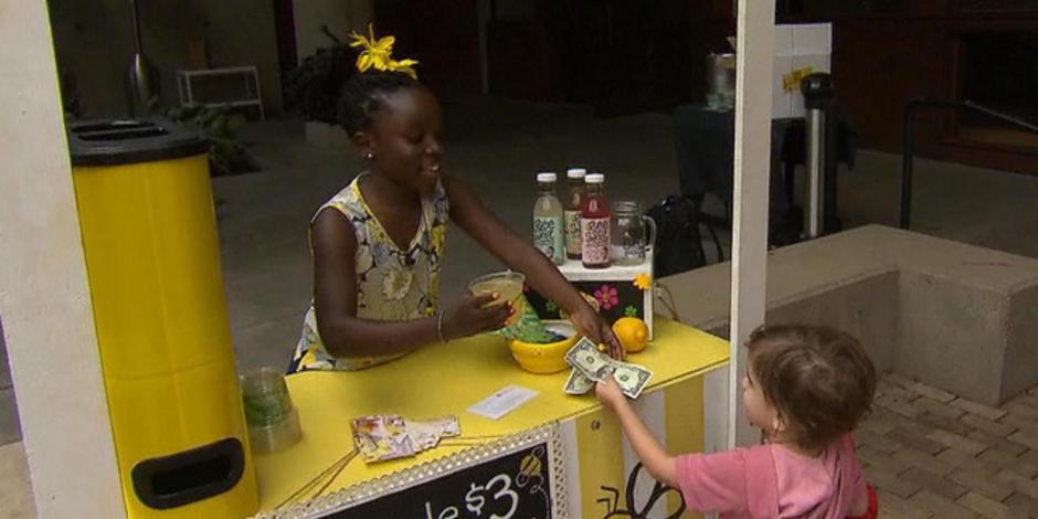 Niña de 11 años se vuelve millonaria por vender su limonada casera 4