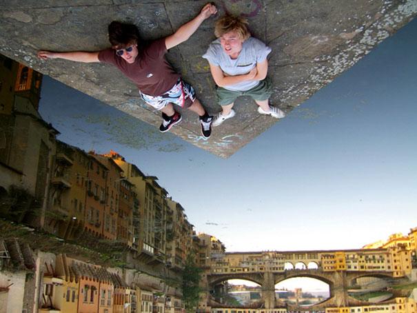 Surrealistas fotos que juegan con la perspectiva 6