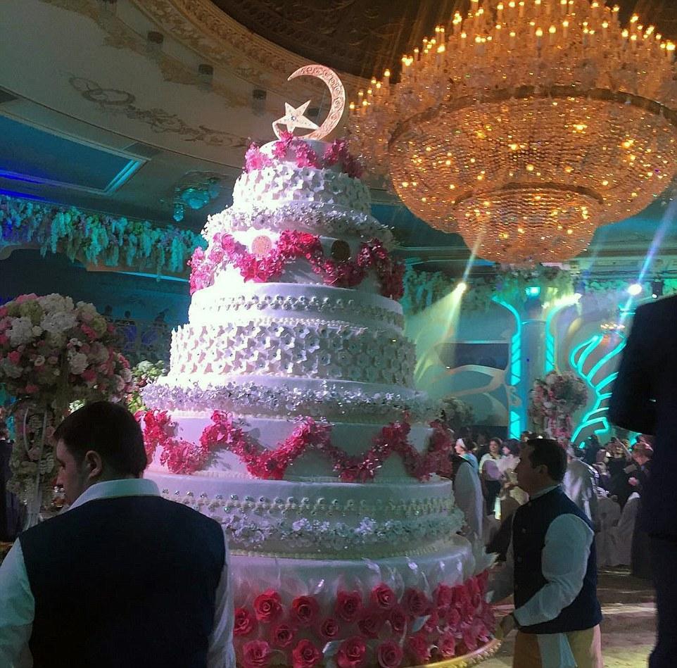 Un magnate ruso gastó $1 billón de dólares en el matrimonio de su hijo 06