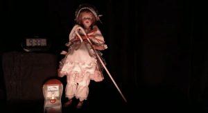 Un streaming en vivo con una muñeca embrujada. ¿Se atreven a verlo?