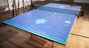 Una mesa de ping pong interactiva que enseña cómo mejorar tus habilidades