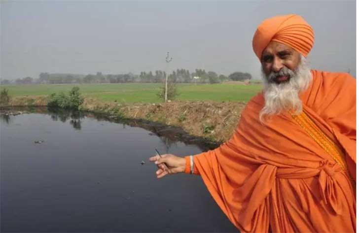 el hombre que limpio todo un rio con sus propia manos6