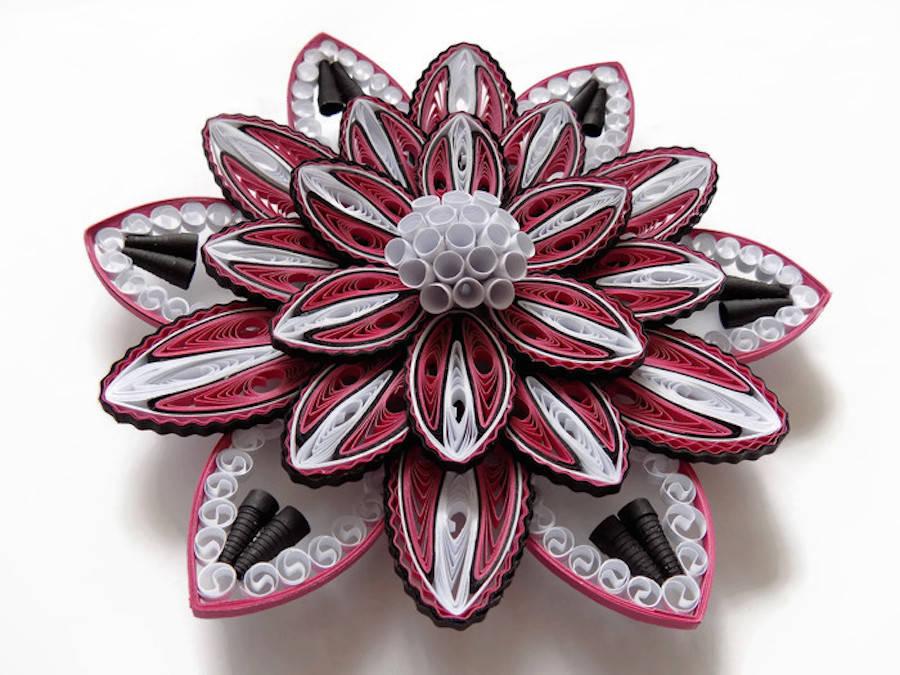 hermosas esculturas de flores hechas de papel1