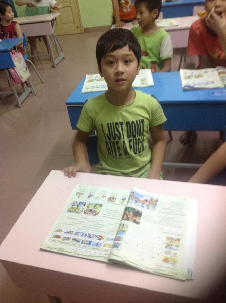 Camisetas en inglés que circulan en Asia 10