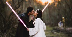 Esta pareja decidió tener una boda de otra galaxia con la temática de Star Wars