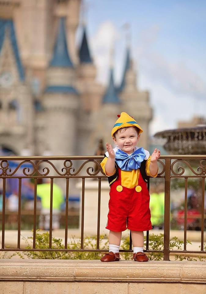 Este niño autista de 2 años de edad se enamoró de Blanca Nieves a primera vista 03