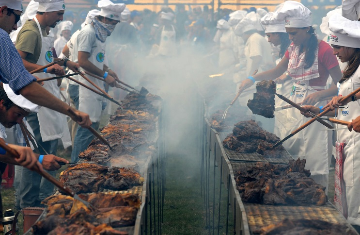 URUGUAY-GUINNESS RECORD-BARBECUE