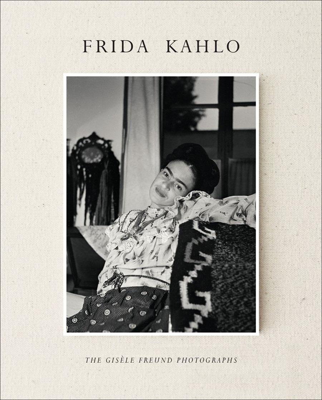 Fotografías inéditas de Frida Kahlo poco antes de su muerte 01